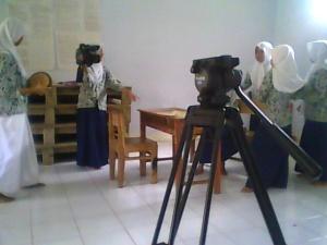 belajar megang kamera